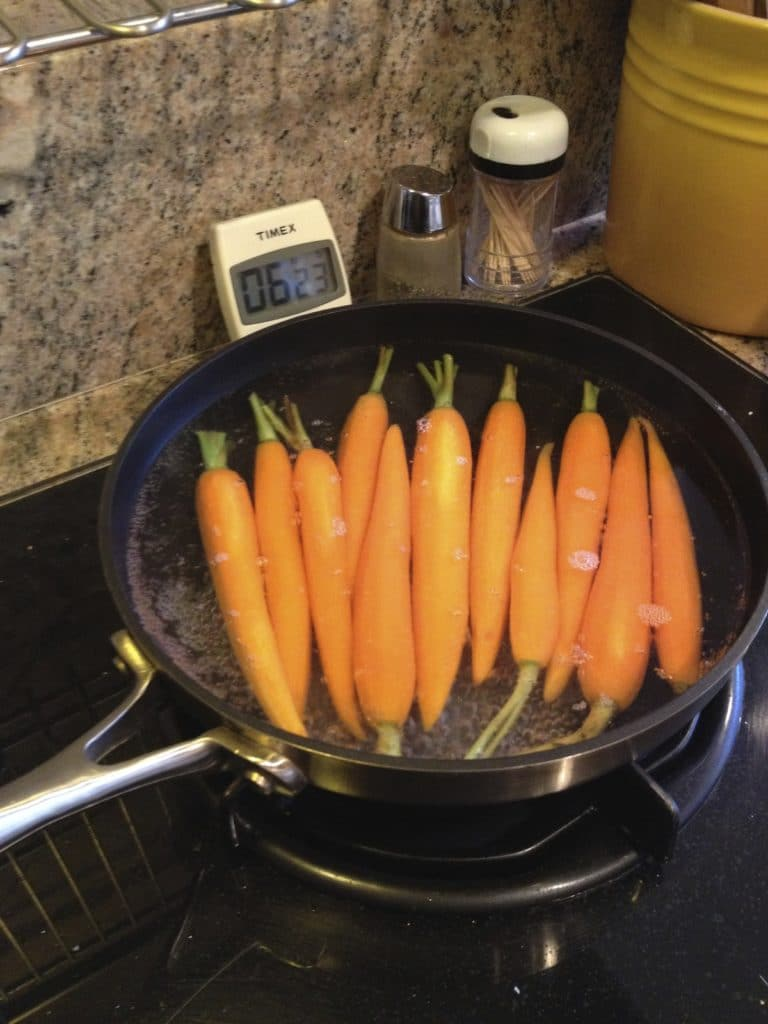 boiling-carrots