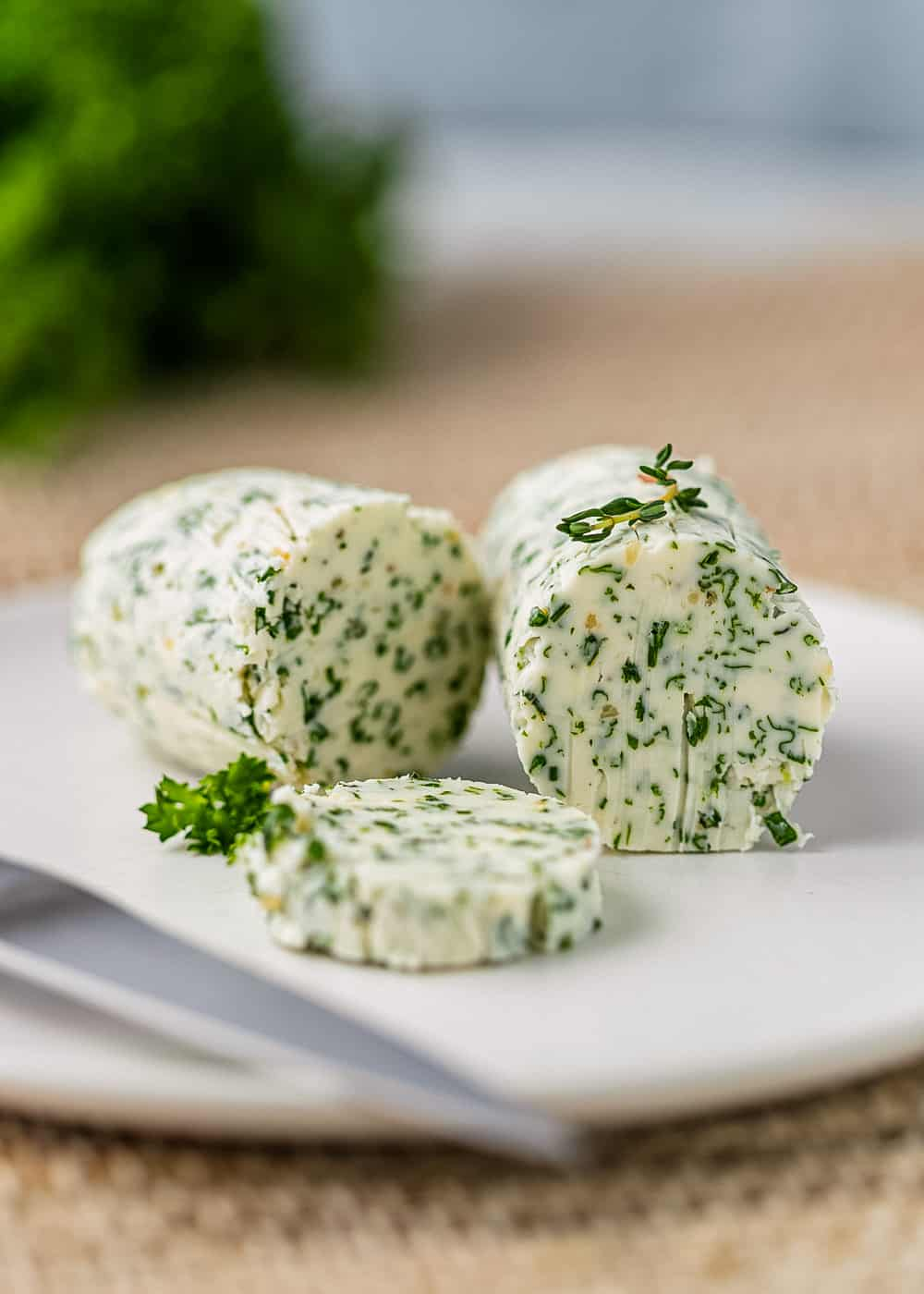 slices of herbal butter for turkey