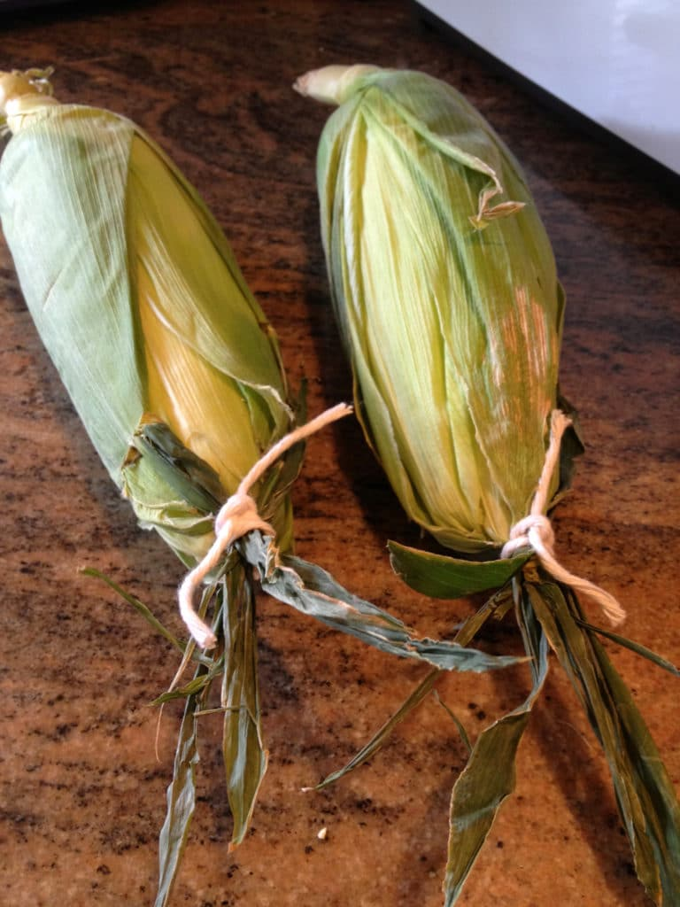 corn-on-cob-tied