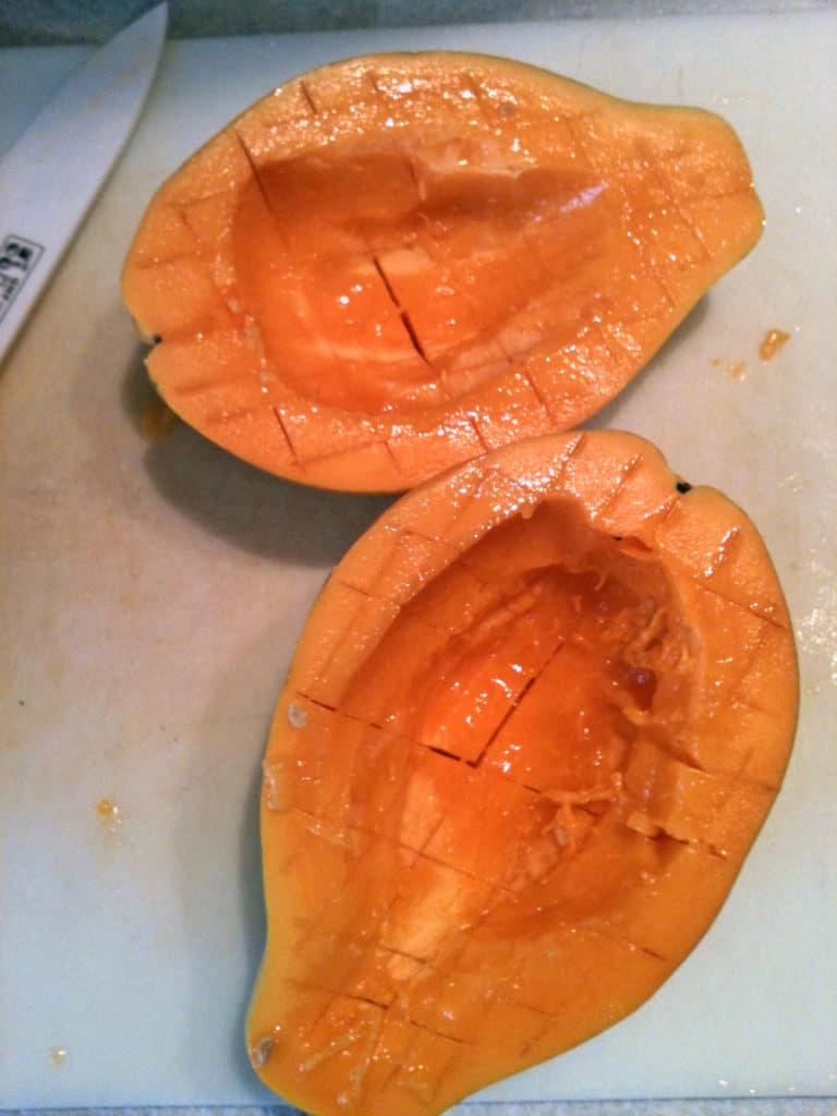 properly-sliced-papaya