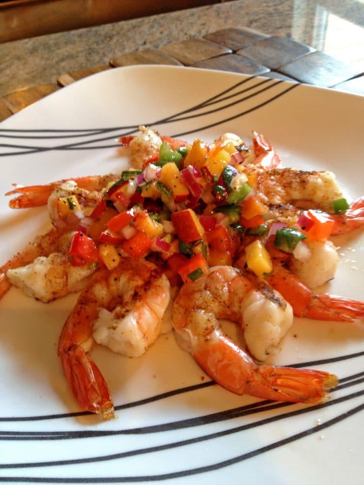 Grilled Shrimp with Peach Salsa - keviniscooking.com