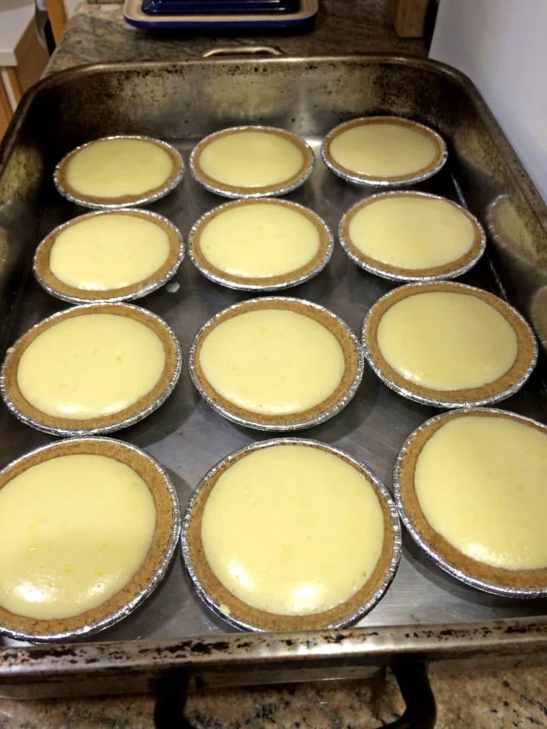 baked lemon macadamia cheesecakes