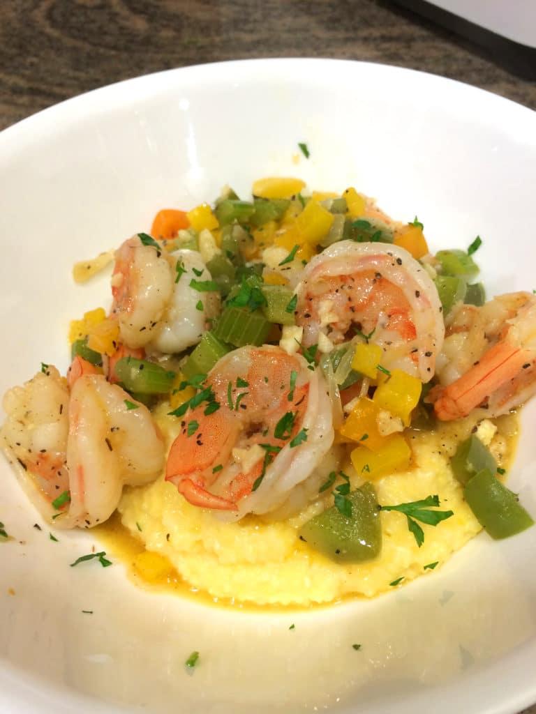 Cajun Shrimp and Grits - keviniscooking.com