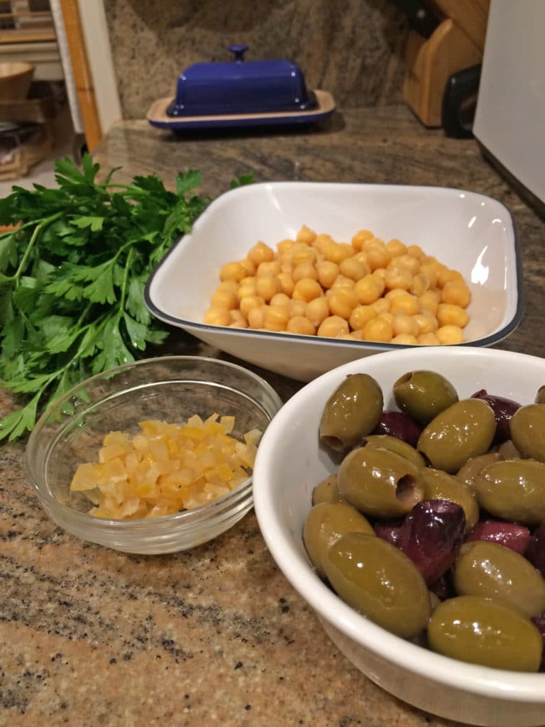 olives garbanzo