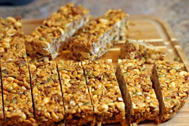 Easy Peanut Butter Granola Bars