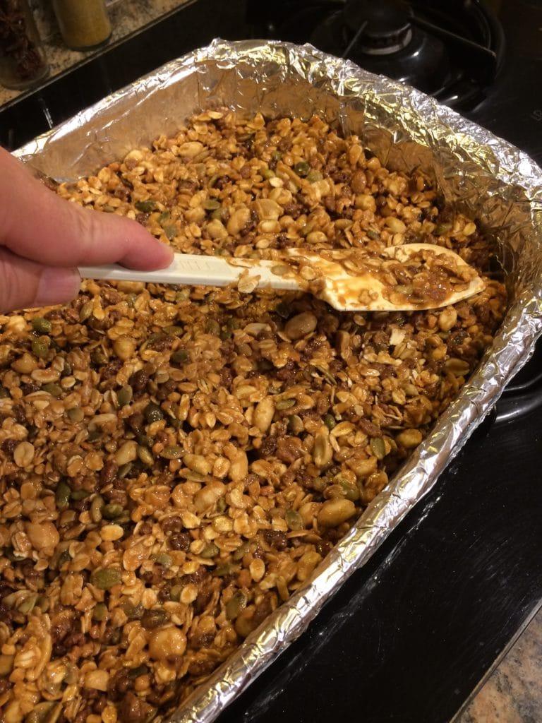 Easy Peanut Butter Granola Bars spread