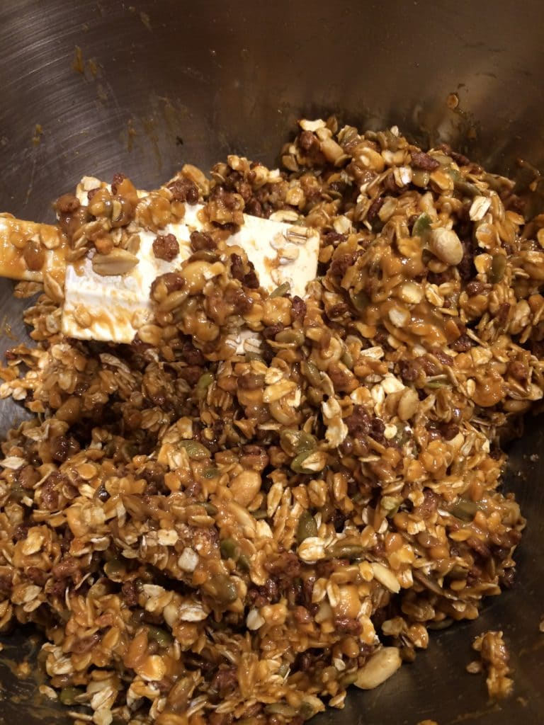 Easy Peanut Butter Granola Bars stir