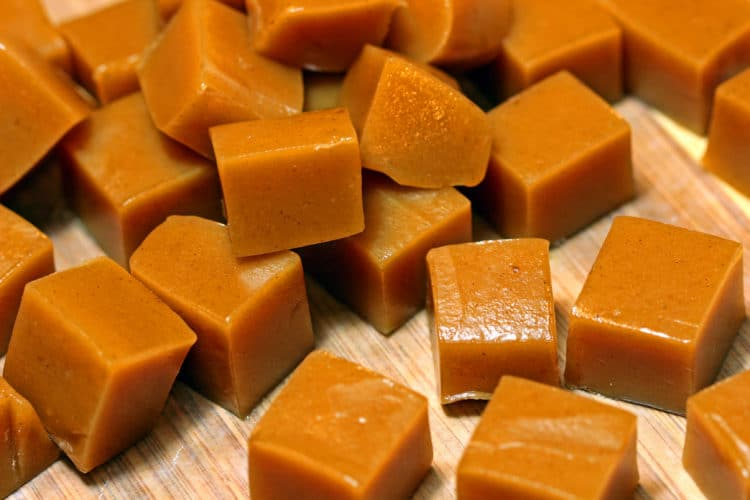 apple caramels feature
