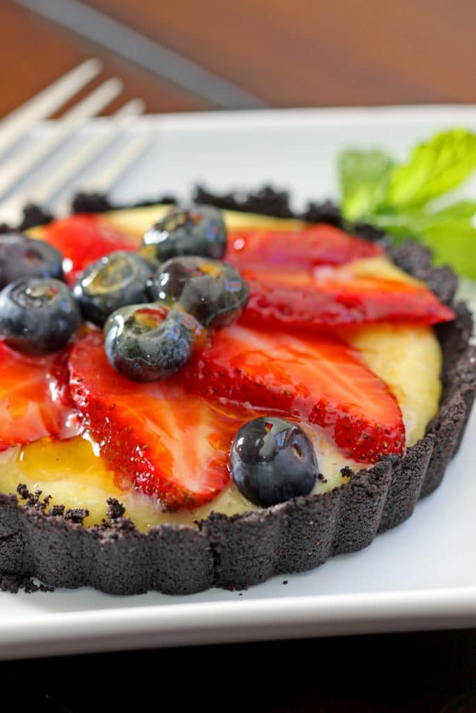 Strawberry Tarts with Chocolate Cookie Crust6
