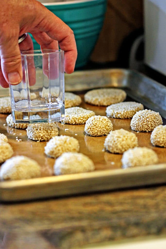 Almond Tahini Cookies with Cinnamon Icing4