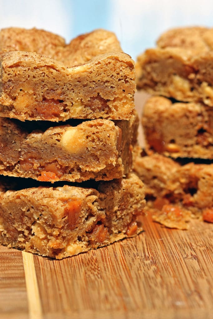 White Chocolate Caramel Blondies1