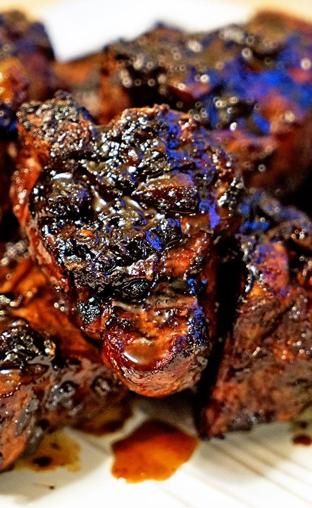 Roasted Garlic Balsamic Glazed Lamb Loin Chops - keviniscooking.com