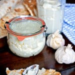 Toum – Lebanese Garlic Spread
