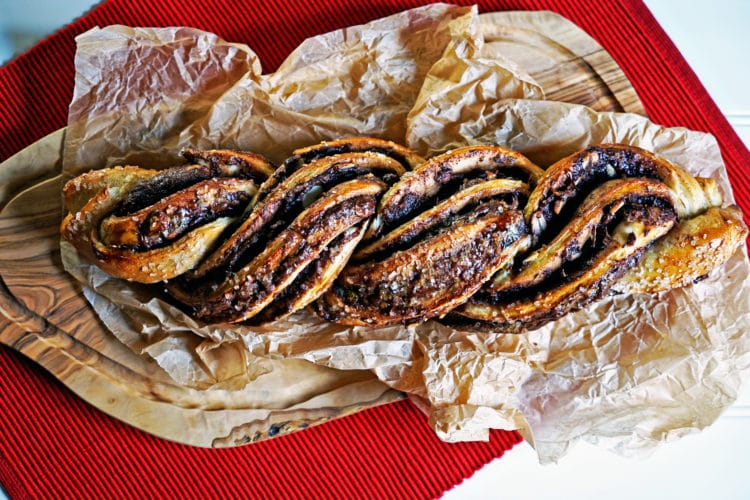 Twisted Almond and Nutella Bread Loaf2