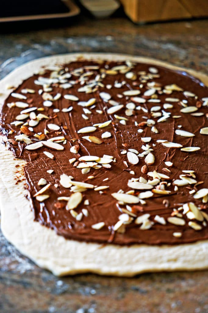 Twisted Almond and Nutella Bread Loaf5