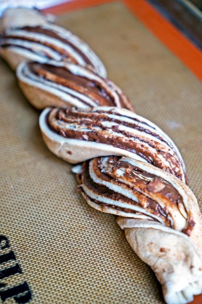 Twisted Almond and Nutella Bread Loaf6