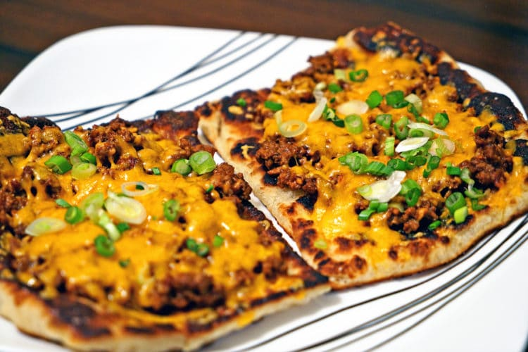 Chipotle Cheeseburger Flatbread Melts2