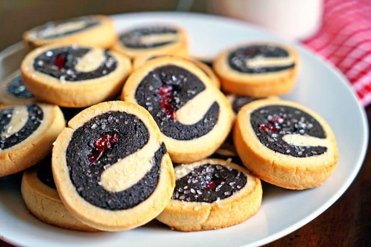 Dark Chocolate Cherry Pinwheel Shortbread Cookies2