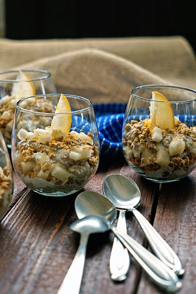 Chai Tea Chia Mousse Parfaits with Granola and Apple Pear4