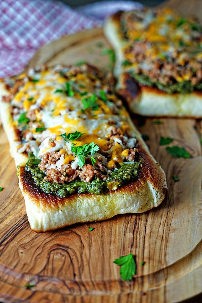Italian Sausage Pesto Flatbread Melts1