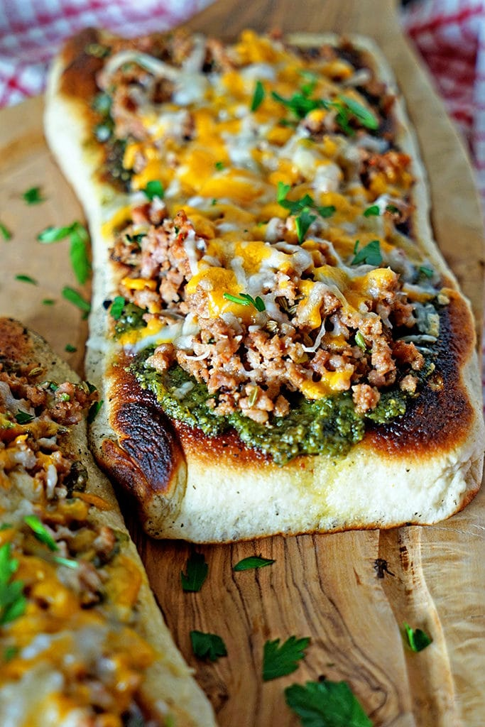 Italian Sausage Pesto Flatbread Melts3