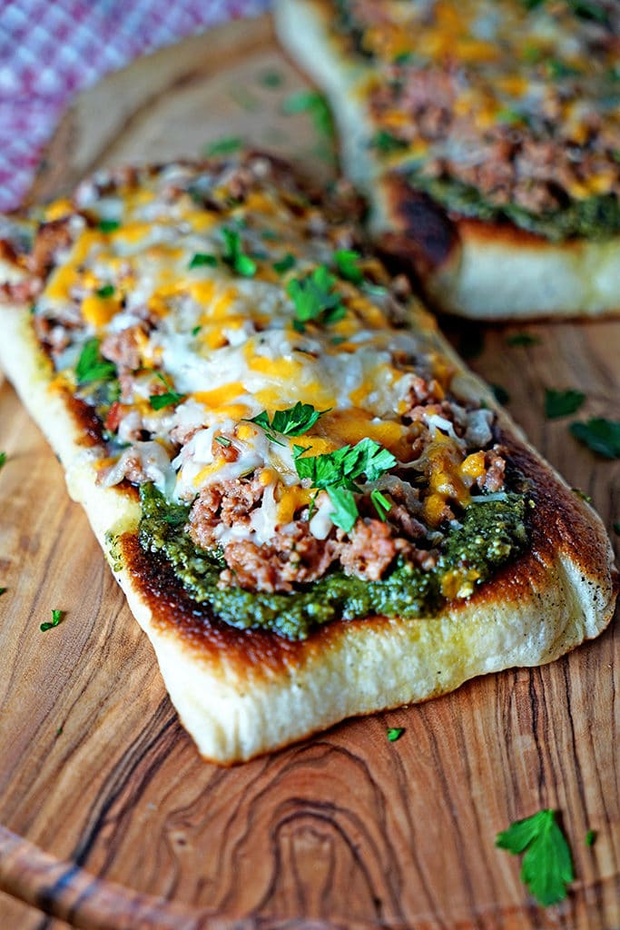 Italian Sausage Pesto Flatbread Melts4