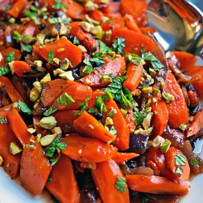Spicy Uzbeki Carrots with Currants