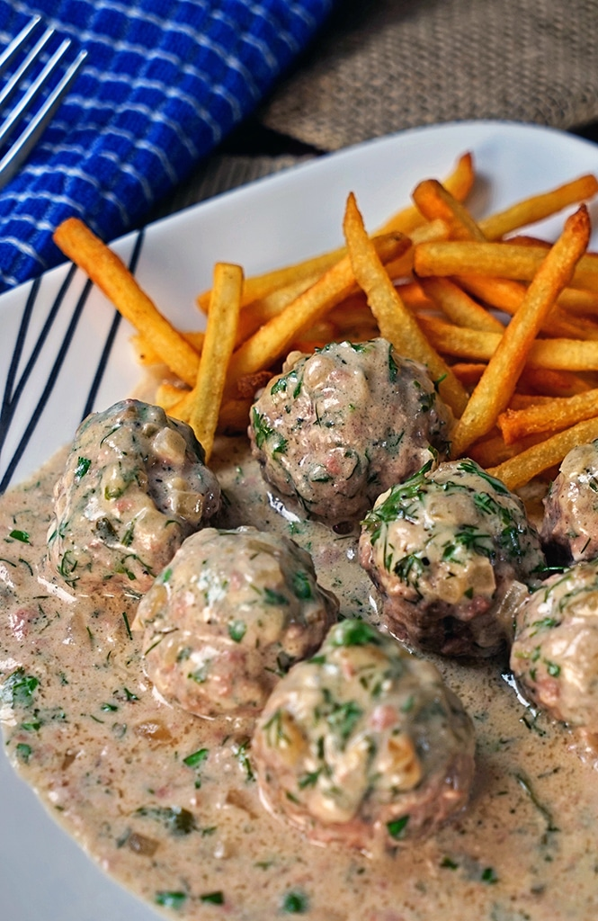 Baked Swedish Meatballs - keviniscooking.com