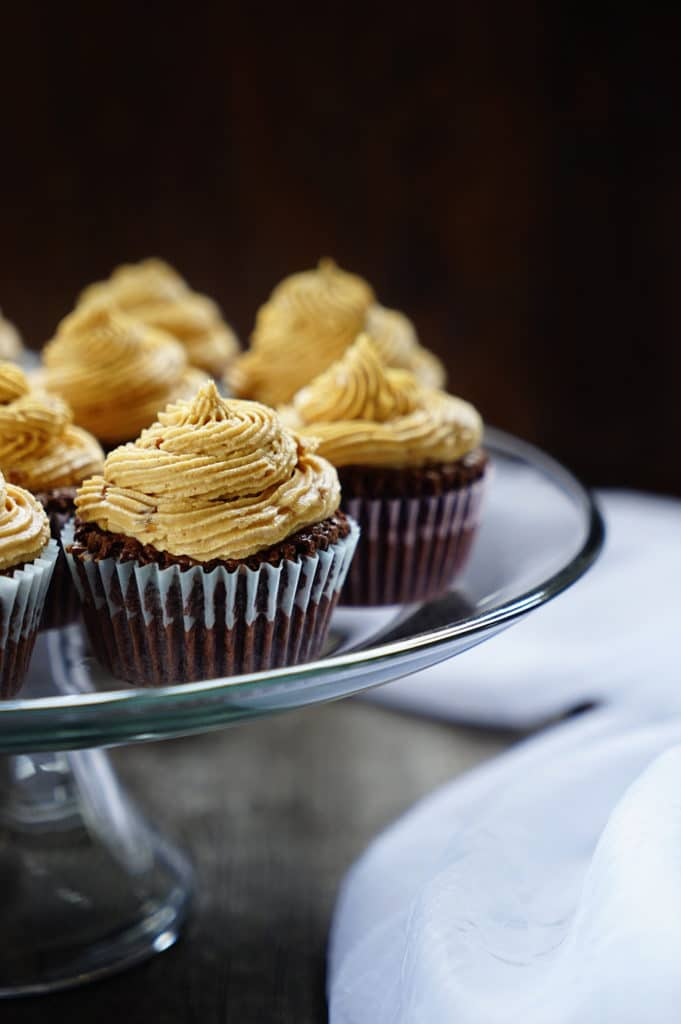 Brownie Cupcakes with Peanut Butter Buttercream Frosting3