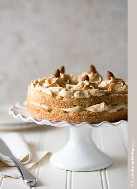 Caramel-Almond-Cake-Recipe