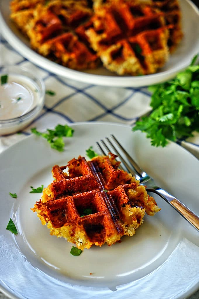 Crispy Mac and Cheese Waffles www.keviniscooking.com