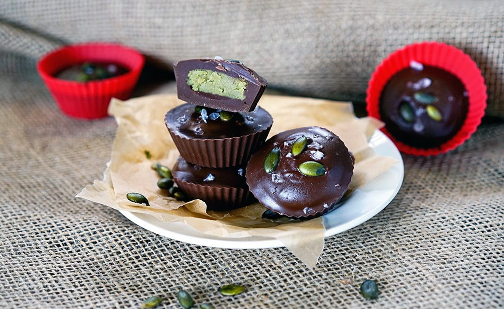 Dark Chocolate Pumpkin Seed Butter Cups. www.keviniscooking.com