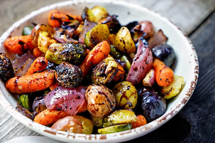 Easy Roasted Vegetables with Honey and Balsamic Syrup - keviniscooking ...