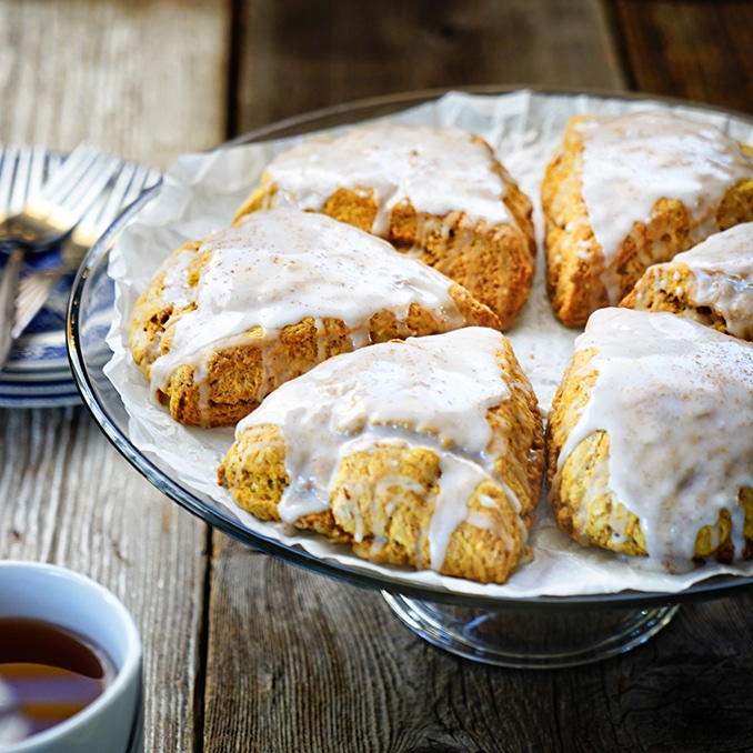 Pumpkin Scones with Maple Icing. www.keviniscooking.com