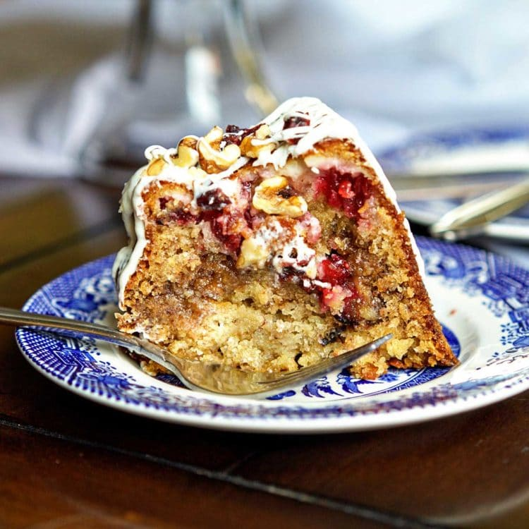 Cranberry Cream Cheese Stuffed Banana Bundt Cake. www.keviniscooking.com
