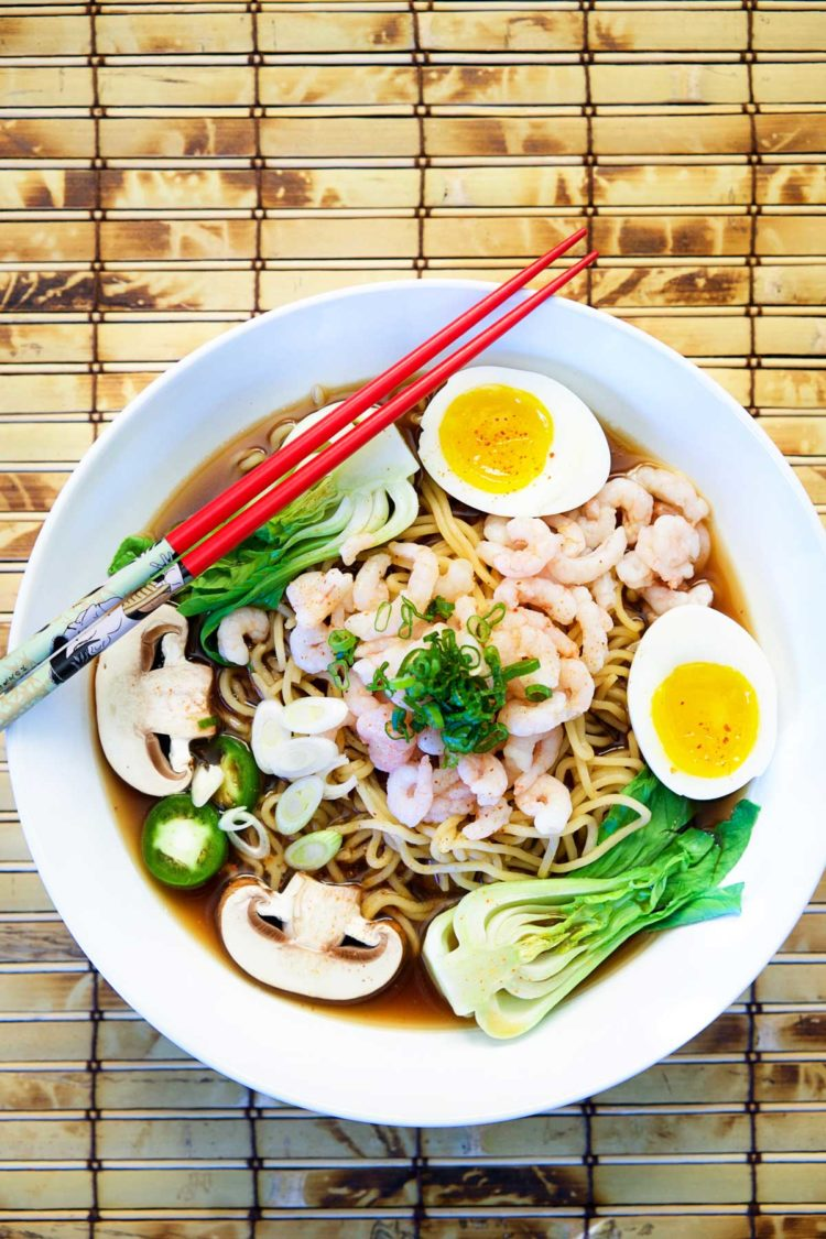 how to make japanese ramen broth