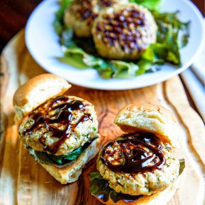 These Moo Shu Pork Sliders use ground pork, chopped water chestnuts and spices, are grilled then topped with a drizzle of hoisin sauce on a Hawaiian roll!