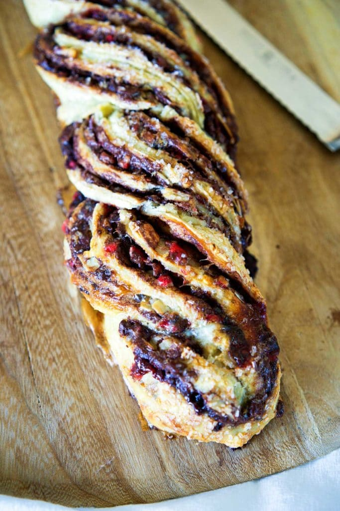 Peppermint Crunch Nutella Twisted Bread. www.keviniscooking.com