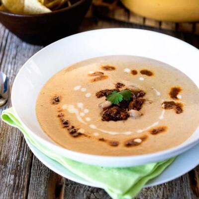 Cream of White Bean Soup with Chorizo
