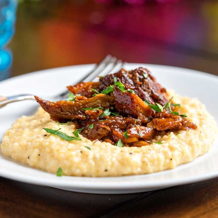 Bbq Pork With Cheesy Grits Keviniscooking Com