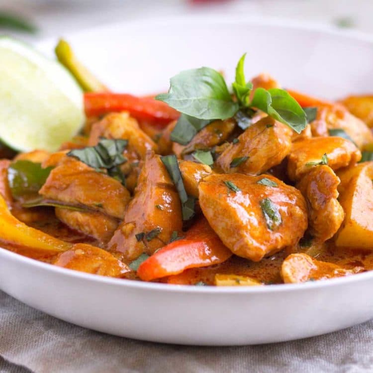 Creamy Thai Red Curry with Chicken. www.keviniscooking.com