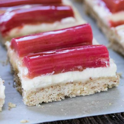 Honey Ricotta Rhubarb Shortbread