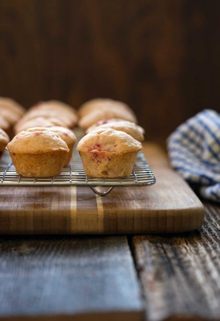 Strawberry Buttermilk Glazed Muffins www.keviniscooking.com
