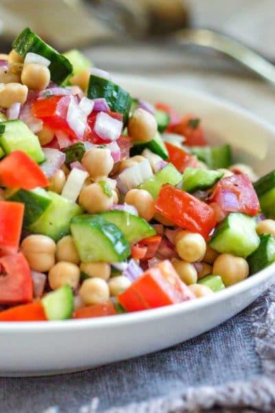 Shirazi Salad with Chickpeas