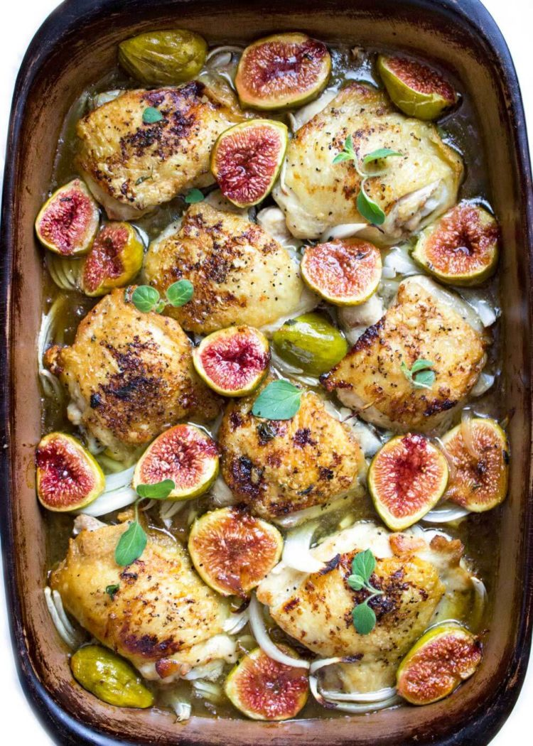 This Honey Roasted Figs and Chicken has onions, shallots and figs roasted in a garlic honey sauce. It's a sure crowd pleaser. Easily double for a crowd! www.keviniscooking.com