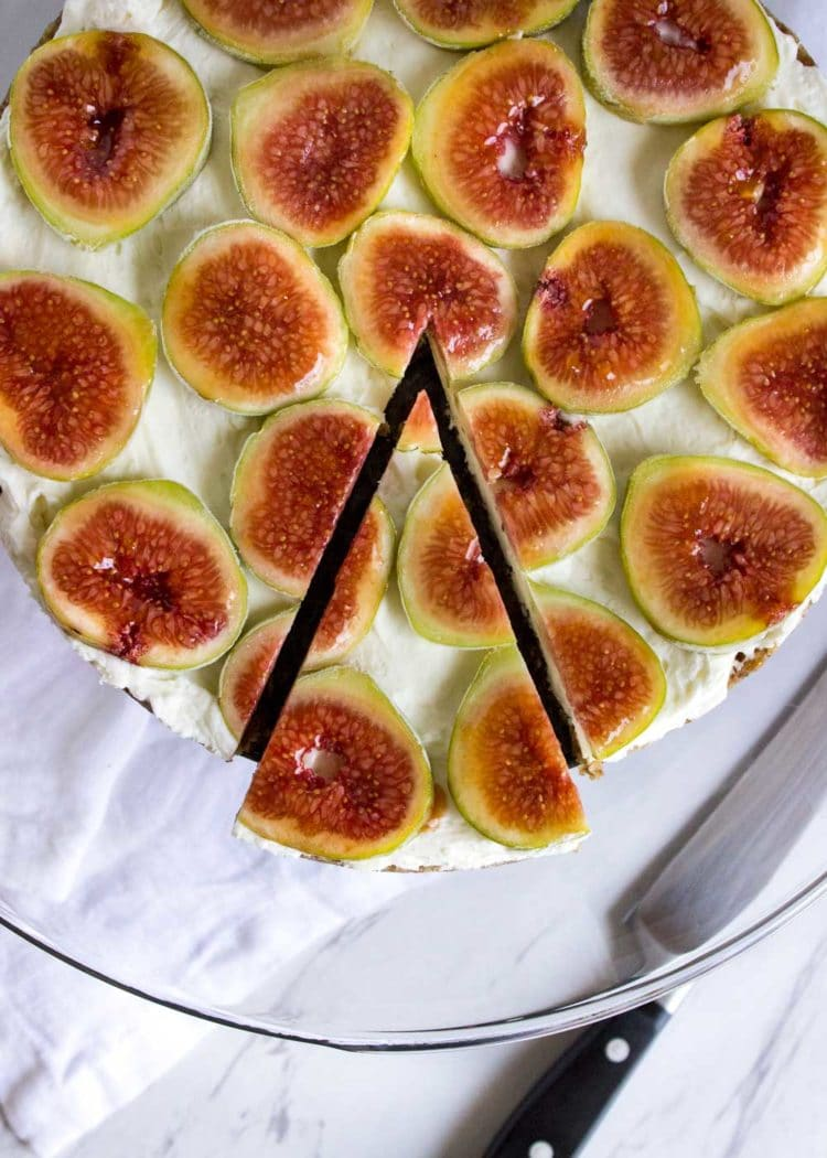A gluten free dessert that happens to be healthy for you and no oven required, this easy to make No Bake Cheesecake Fig Tart is perfect! www.keviniscooking.com