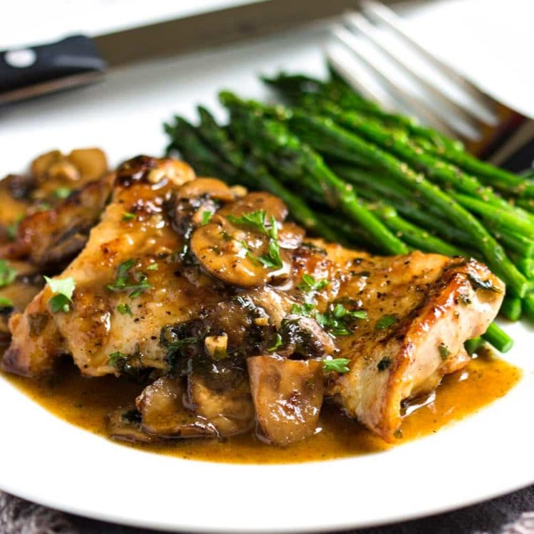 Pan Seared Chicken With Mushrooms Keviniscooking Com