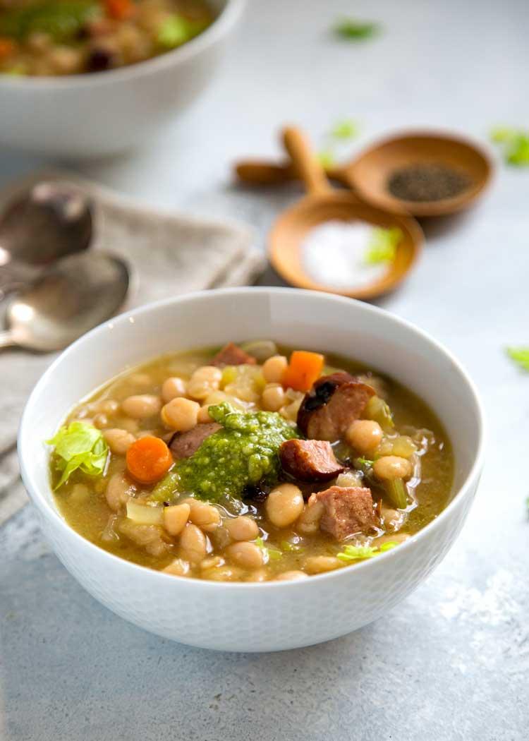 Watch Pesto White Bean Soup video