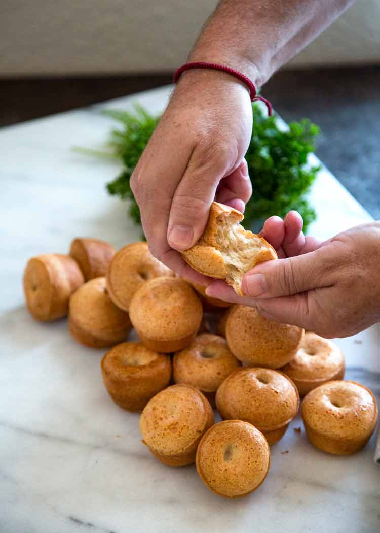 Super easy to make, no yeast involved and they're GF for my friends who can't do wheat. These Brazilian Cheese Bread Rolls are my new addiction. So tasty! keviniscooking.com