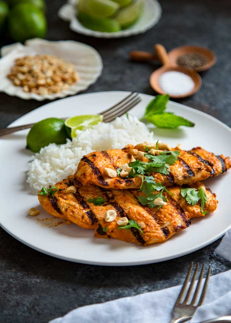 Grilled thai red curry chicken for Marinade poulet barbecue curry